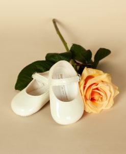 Pantofiori lacuiti din piele ecologica, ivoire, Baypods UK (16-17-18)-2